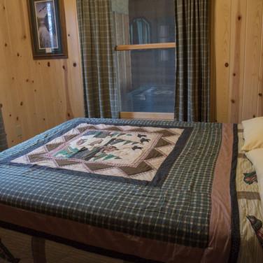 master-bedroom-windows-cabin-7-riverside