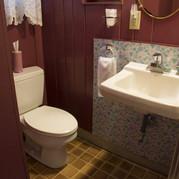 bathroom-cabin-5-riverside-point-resort.