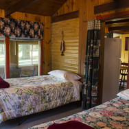 multi-guest-bedroom-cabin-8-riverside-po