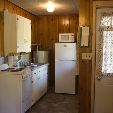 kitchen-cabin-3-riverside-point-resort.j
