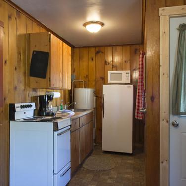 kitchen-cabin-1-riverside-point-resort.j