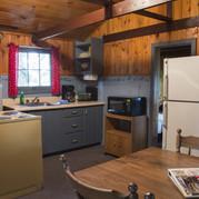 kitchen-cabin-8-riverside-point-resort.j