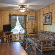 dining-area-cabin-7-riverside-point-reso