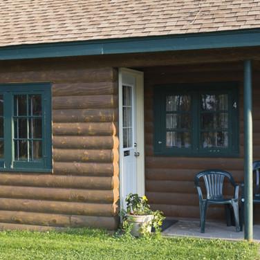 patio-cabin-4-riverside-point-resort.jpg