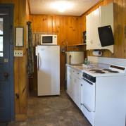 kitchen-cabin-6-riverside-point-resort.j