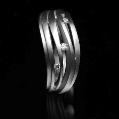 Ring I whitegold - diamonds