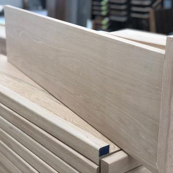 B) One side open oak tread/cap