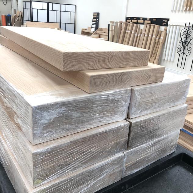 """D) 1-3/4"""" Thick Solid oak block"""