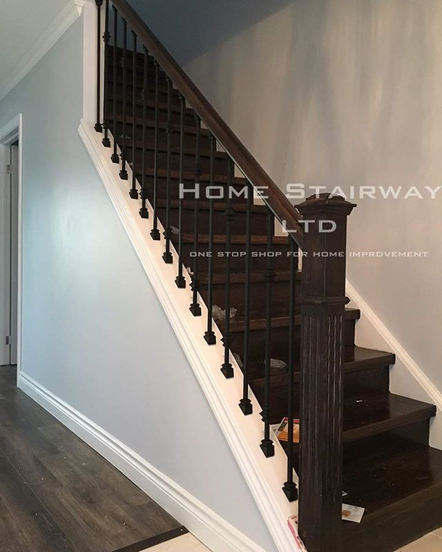 Box stairs, stairs railing installed on stringer | Home Stairway