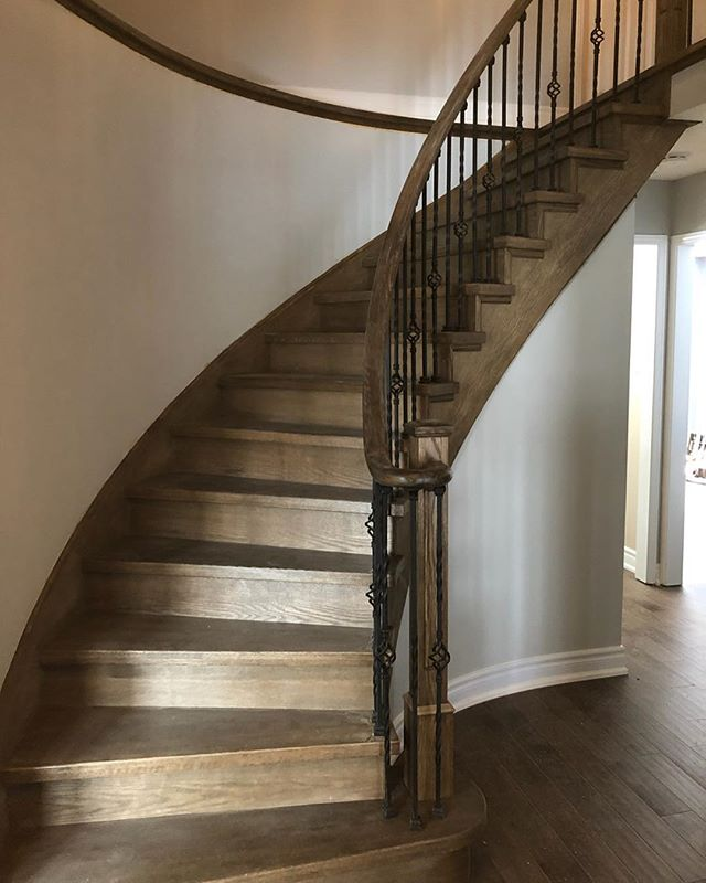 Capping job done by Home Stairway, to have the side stringer matching the stain perfectly. We re-veneer the stringer to have everything brand new for staining. The way professional do