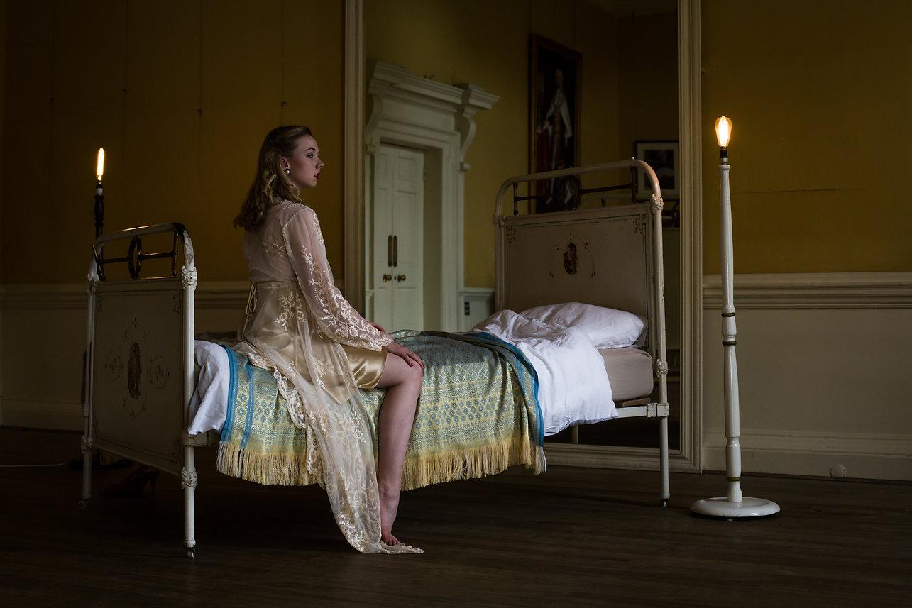 Hannah McGlashon, RSDT Production Shot 'In Light of Those You Love' 2017, Nicole Guarino Photography, The Salon, White Lodge