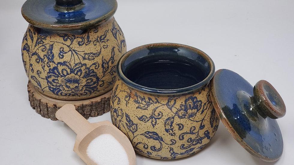 Rustic Victorian Blue Floral Crock