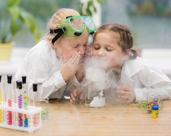 girls-learning-science.jpg
