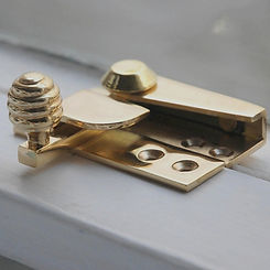 brass-beehive-sash-window-fastener_1_edited.jpg