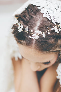 by_katriin_-_delicate_bridal_adornment_c