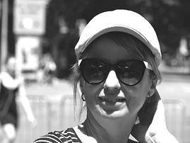 LauraMirMirada_FotoBio.jpeg