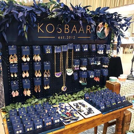 Kosbaar craft market stand display