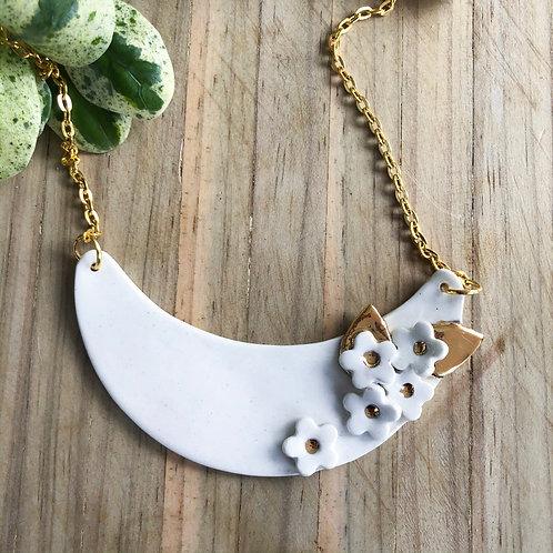 Porcelain Flower Necklace -White & 18kt Gold