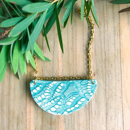 Porcelain Lace imprinted necklace - Aqua