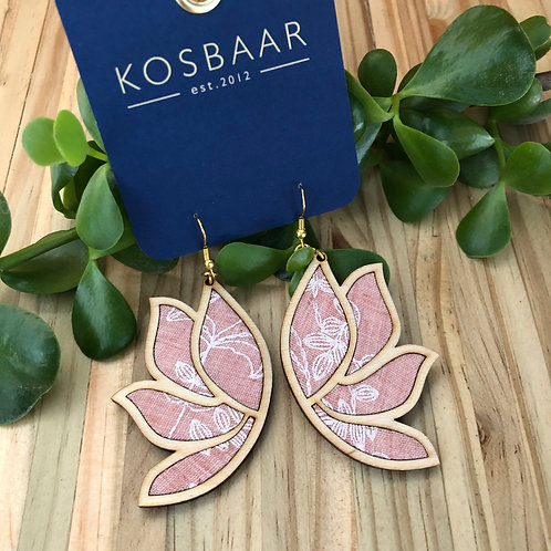 Timber & Fabric Lotus Leaf earrings - Pale Salmon Pink