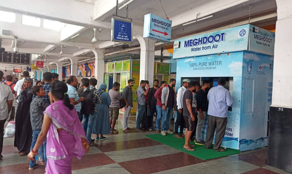 World's First MEGHDOOT Water from Air Kiosk installed at Secunderabad Junction Railway Station, Secunderabad, Telangana, India