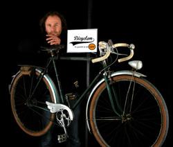 portrait_bicyclem