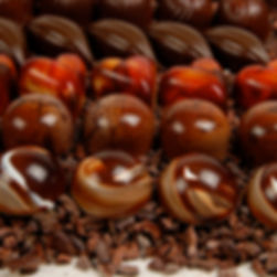 chocolate connoisseur club, artisan chocolate yearly, chcocolate of the month, seasonal chocolates, fall flavor chocoalte, winter flavor chocolate, spring chocolates, summer chocolates, unusal gifts, most loved gifts, luxury chocolate gifts, pittsburgh