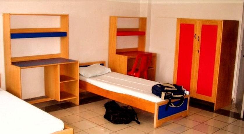 hostel-1-793x385%2520(1)_edited_edited.jpg