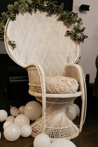 La Vintage Peacock Chair