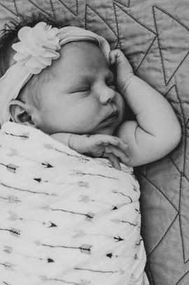 Eva Nadine Newborn-56.jpg