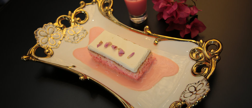 Royal Milk Cake Rose