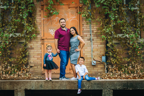 Downtownwacotexas-downtownsession-twentytoesphtography-familysession-familyphotographer.jpg