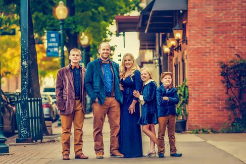 Downtownsession-family-bowtie-wacotexas.jpg