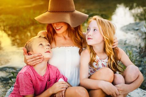 childphotographerwacotexas-wacosbestphotographer-twentytoesphotography-creeksession-familysession-familyphotographer.jpg