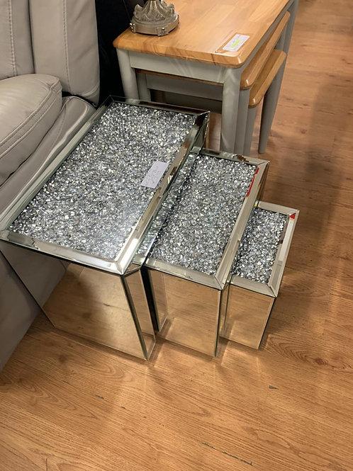Cristal table set