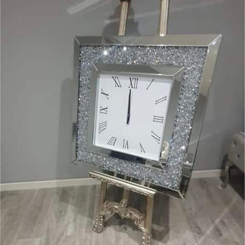 Square crystal clock