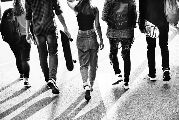 סימני אזהרה להתנהגות מסוכנת של מתבגרים