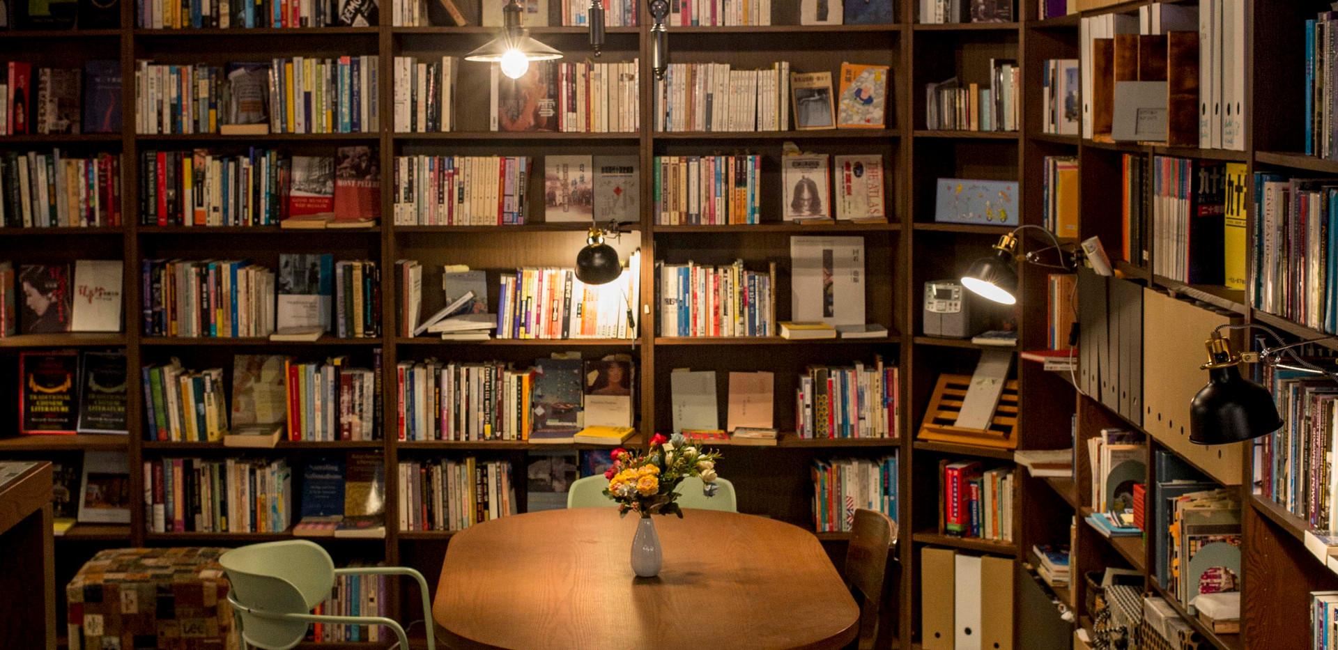 bookstore_071.JPG