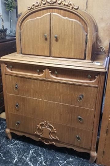 Arch Dresser