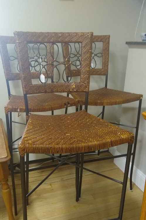 Set of 3 straw and metal chairs