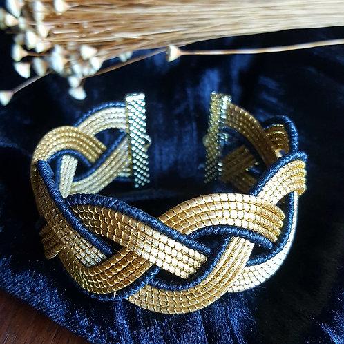 Bracelet tréssé 3 bandes capim et noir