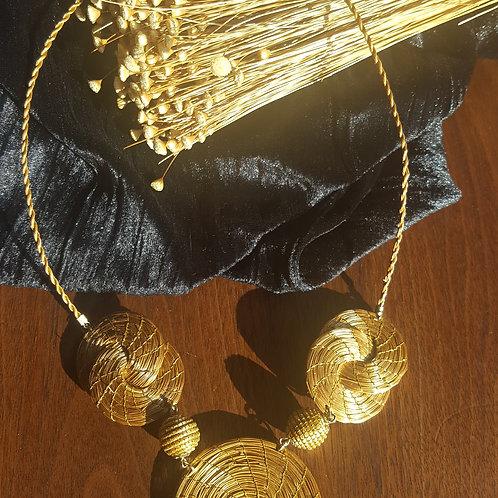 Collier forme infini, boules et mandala