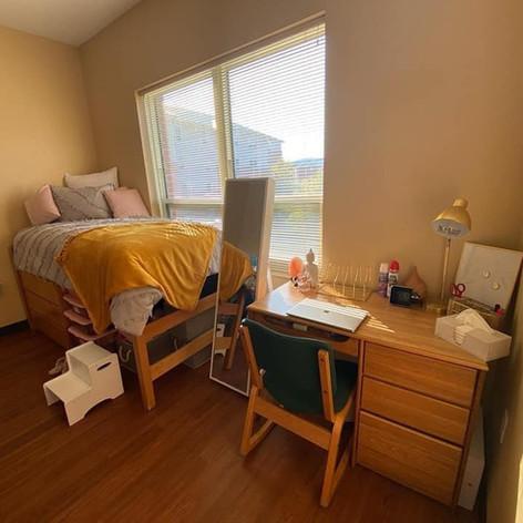 Destinee Dorm Room 1.jpg