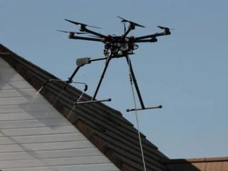 Opération de nettoyage inédite avec un drone