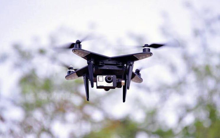 centraledrones.com, a UAV inflight