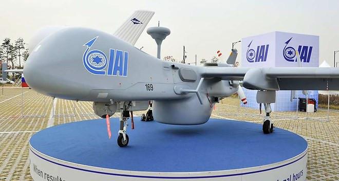 1078432_drones-la-filiere-israelienne-marque-des-points-a-lexport-web-tete-02040