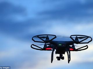 Drones : la France durcit les règles sans attendre l'Europe
