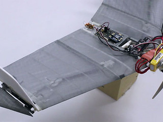 27.01.15 DALER, ce robot tout-terrain qui vole, avec ses nouvelles ailes rétractables