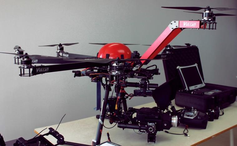 2014-12-30-11-49-55-A DRÔNE UAV CED ALMA.jpg
