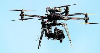 Un drone pris en chasse entre Valence et Goudourville